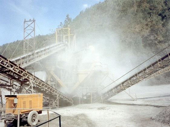 采石场喷雾除尘,采石场喷雾除尘设备,采石场喷雾除尘系统,采石场喷雾除尘工程